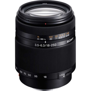 Sony 18-250mm f3.5-6.3 DT Lens - Open Box