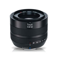 Zeiss 32mm F1.8 Touit Lens (Fuji X-Mount)